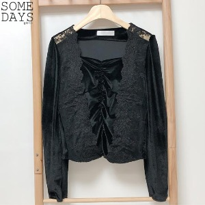 SOMEDAYS Velvet Lace Shirring Blouse 1ea,Beauty Box Korea
