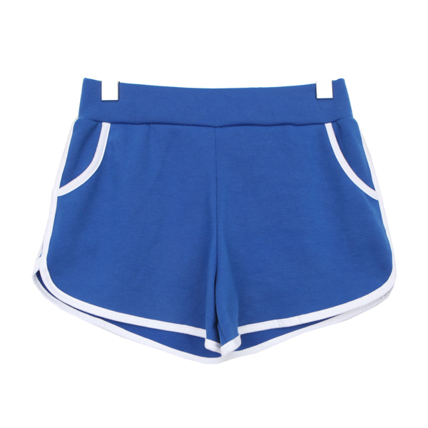 Line short training pants