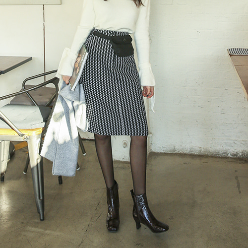 Dabagirl Back Slit Pinstripe Skirt and Fanny Pack Set