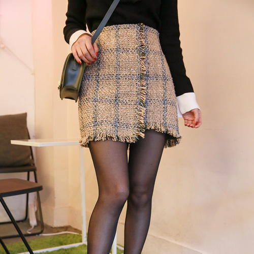 Dabagirl Asymmetrical Hem Tweed Skirt