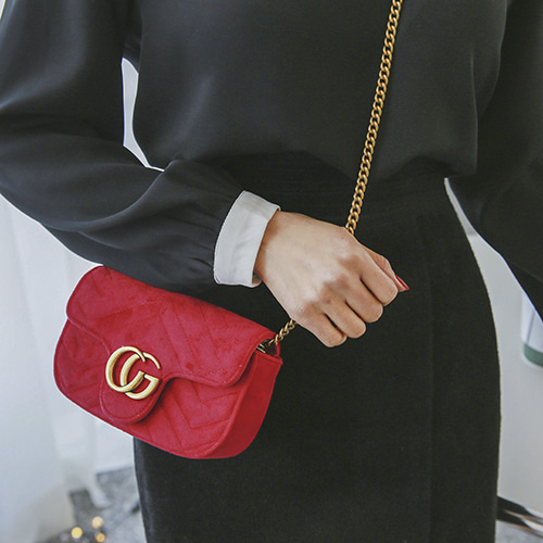 Dabagirl Quilted Velvet Chain Bag