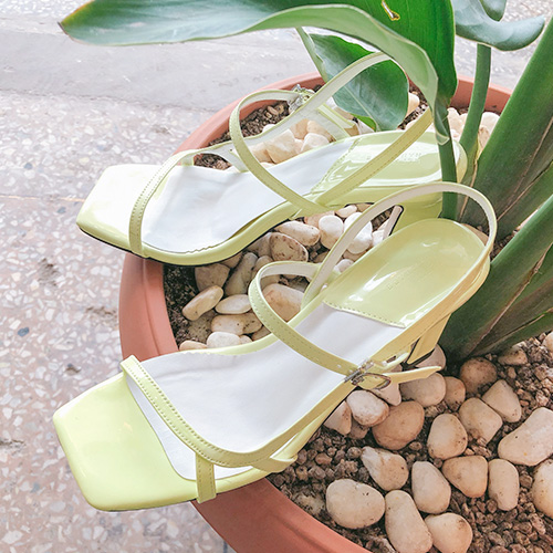 Dabagirl Faux Leather Sandals
