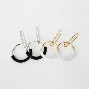 Dabagirl Two-Tone Dangle Circle Earrings