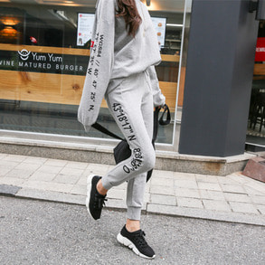 Dabagirl Graphic Print Loose Fit Sweatshirt and Sweatpants Set