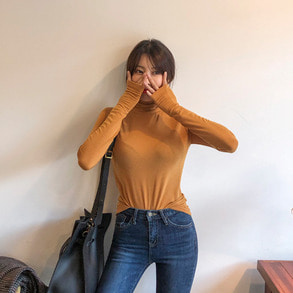 Dabagirl Turtleneck Loose Fit T-Shirt