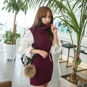 Dabagirl Contrast Sleeve Turtleneck Dress