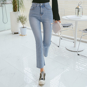 Dabagirl Cutout Washed Jeans