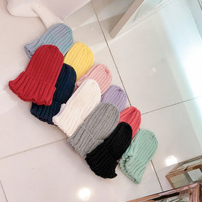 Dabagirl Ribbed Knit Beanie