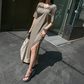 Dabagirl V-Neck Slit T-Shirt Dress