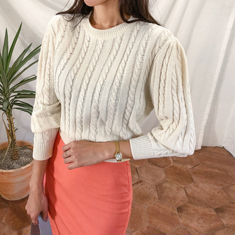 Dabagirl Round Neck Puff Sleeve Knit Top