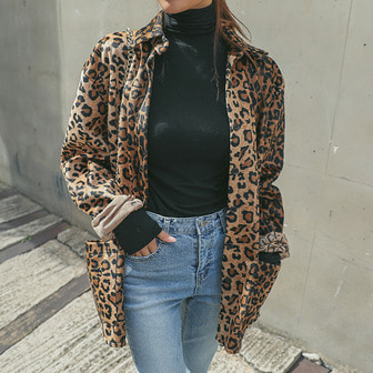 Dabagirl Loose Fit Leopard Print Shirt