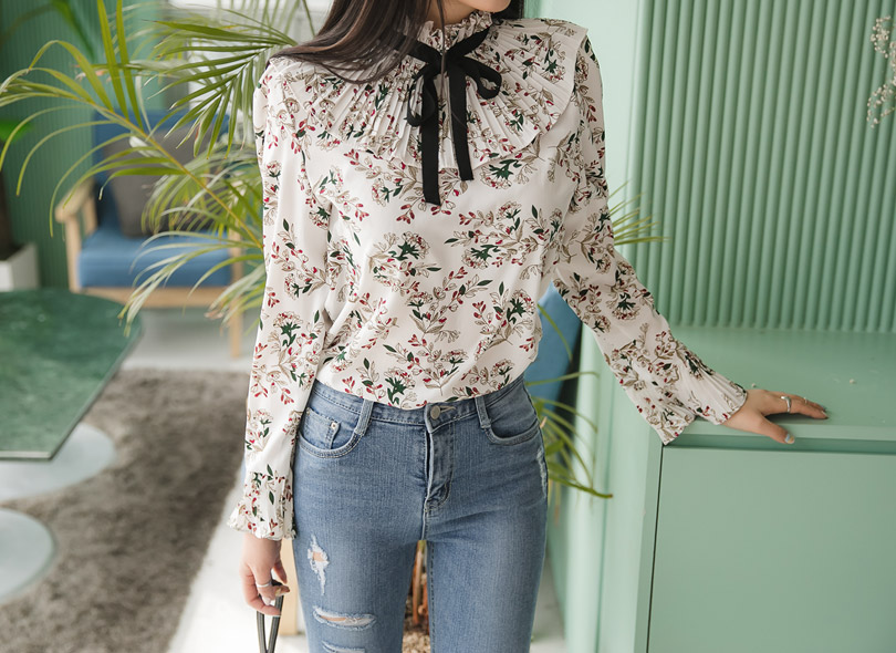 Self-Tie Ruffled Floral Blouse