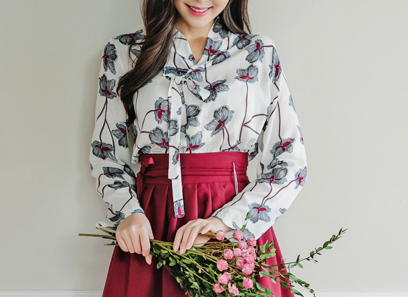 Long Sleeve Floral Print Wrap Top