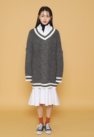 Stripe-Trimmed Knit Pullover