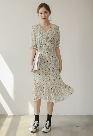 Shirred V-Neck Floral Dress