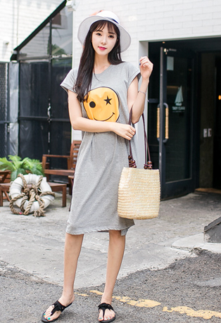 Smiley Face Print Round Neck Dress