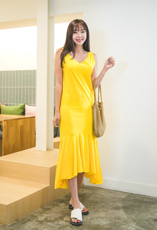 Round Neck Asymmetric Long Dress