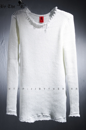 ByTheRByTheR Cutting Damage White Knit Top