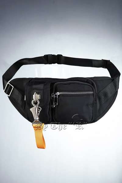 ByTheRMulti pocket Cover Sling Bag