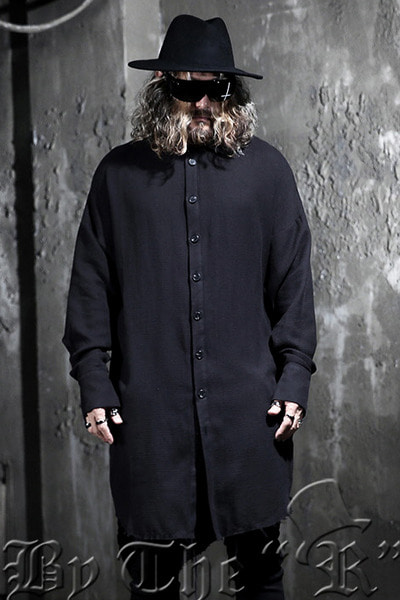ByTheRByTheR loose-fitting long-sleeved unlined shirt