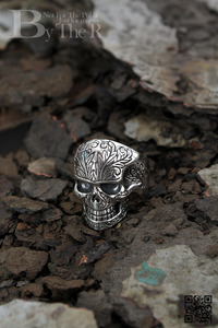 ByTheRByTheR SM Skull Shape Oriental Style Thick Silver Coated Ring
