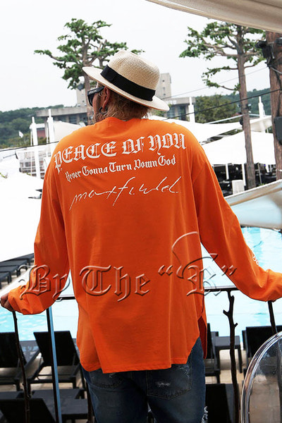 ByTheRPeace Lettering Solid T-shirt