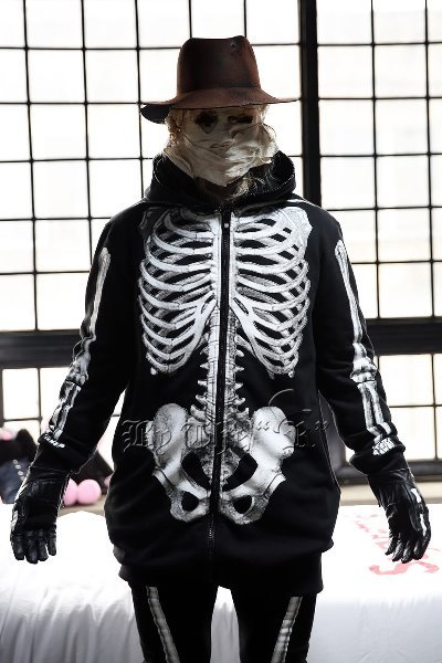 ByTheRByTheR Skeletal Print Zip-up Hoodie
