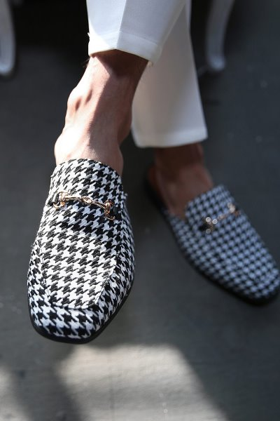ByTheRByTheR Hound Tooth Check Chain Open Back Loafer