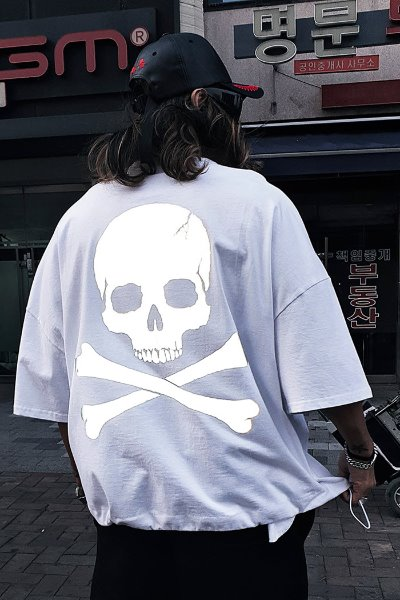 ByTheRByTheR Skull Logo Scotch Reflective Short Sleeve T-shirt