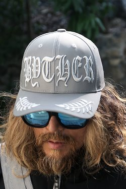 ByTheRByTheR Lettering Embroidery Reflective Cap
