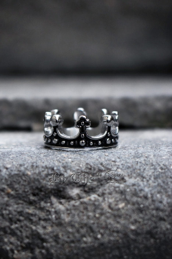 ByTheRKings Crown Metal Ring