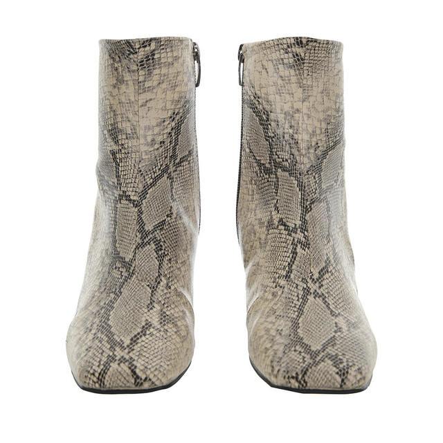 个性方头蛇皮纹短靴(米色)