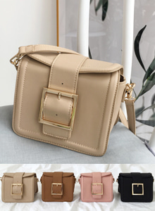 66GIRLSBuckled Strap Crossbody Bag