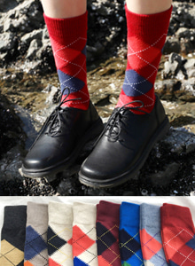 66GIRLSArgyle Pattern Crew Socks