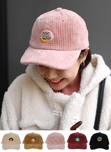 66GIRLSRibbed Patch Accent Cap