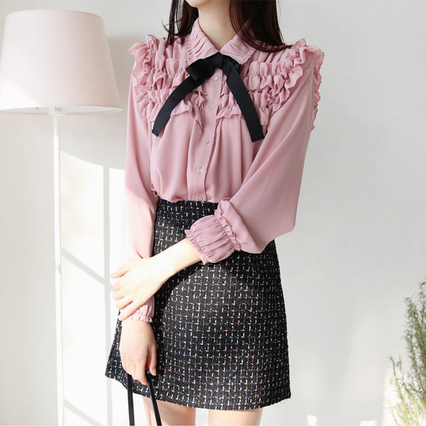 66GIRLSRibbon Tie Tiered Frill Blouse