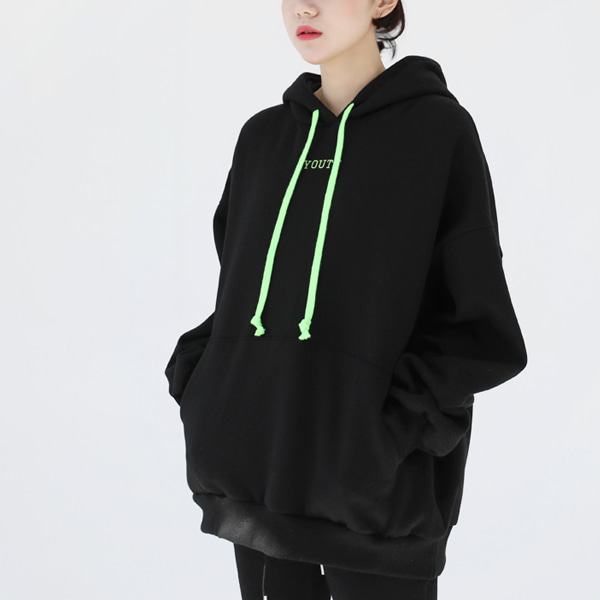 66GIRLSLoose Fit Lettering Embroidery Hoodie