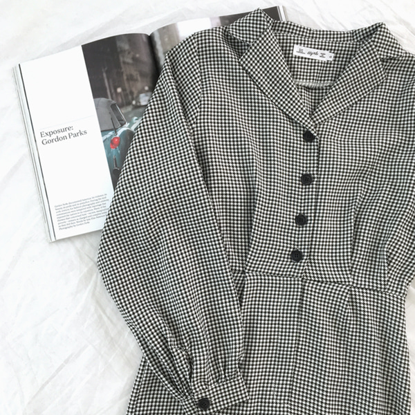 66GIRLSNotch Collar Puff Sleeve Houndstooth Dress