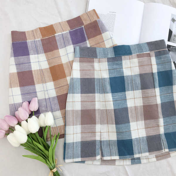 66GIRLSSide Slit Check Skirt