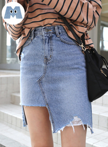 66GIRLSHigh Waist Distressed Denim Skirt