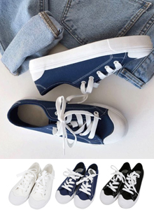 66GIRLSReinforced Lace-Up Sneakers