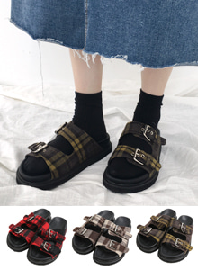 66GIRLSBuckled Strap Check Slider Sandals