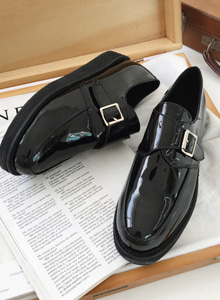 66GIRLSFaux Leather Monk Strap Shoes