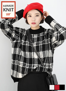 66GIRLSRibbed Trim Loose Fit Check Knit Top