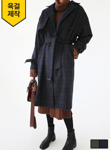 66GIRLSGun Flap Loose Fit Check Trench Coat