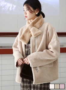 66GIRLSPull-Through Muffler and Jacket Set