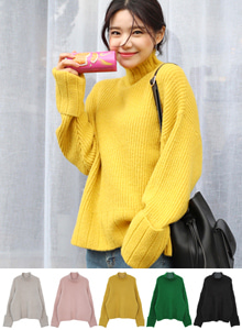 66GIRLSFunnel Neck Ribbed Knit Top