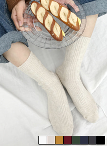 66GIRLSPatterned Knit Crew Socks