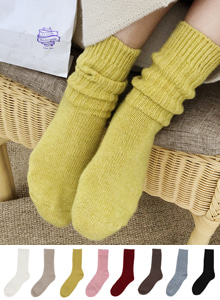66GIRLSRib Knit Crew Socks