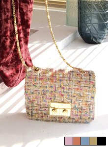 66GIRLSChain Strap Tweed Shoulder Bag